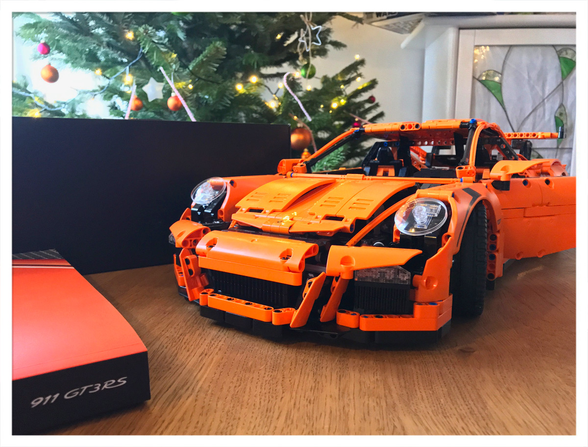 LEGO® Technic 911 GT3 RS
