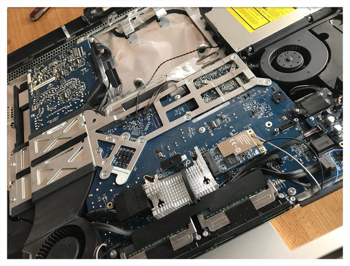 OP am offenen Rechner